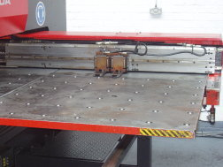 Amada Pega 357 front table